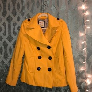 yellow blazer 🍯💛💫